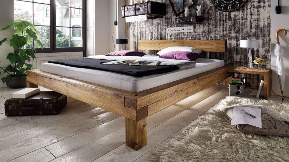 Bett Balkeneiche - aus massivem Eichenholz gefertigt.